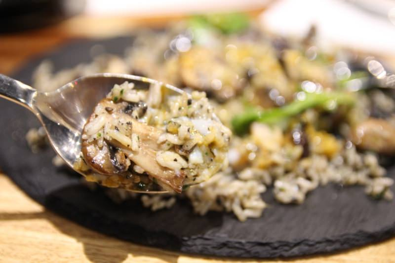 [台北]松山區中山國中站 北歐式輕食餐廳 早午餐推薦 不定期創意料理 Morsel at Kafnu Taipei