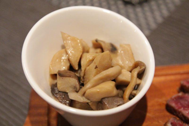 [台北]忠孝敦化 熟成牛排約會推薦osteria-Rossa-紅點熟成肉餐廳