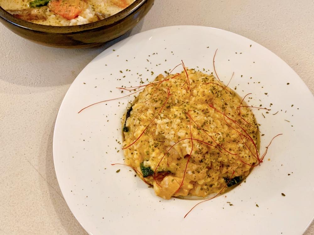台南友愛市場 気紛れ kimagure 日本主廚的義式燉飯、綠咖哩好吃推薦|王記友愛膠原湯