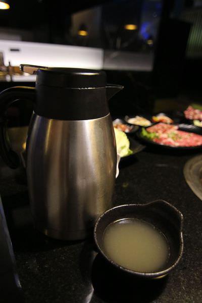 [台南]北區 燒肉+哈根達滋吃到飽  海鮮 日本料理 肉食怪的天堂 燒肉神保町
