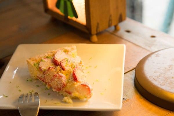 嗜甜:[新北/淡水]淡江校園甜食 隱身於金雞母社區內的甜點工作室 嗜甜
